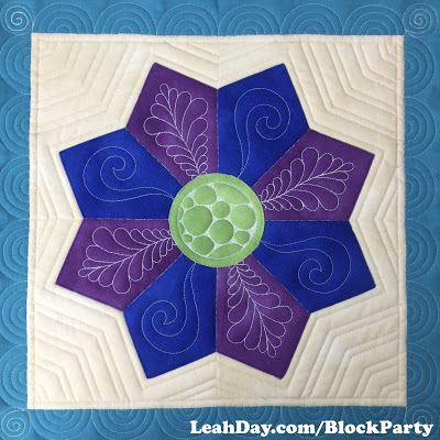 How To Piece A Pointy Eight Petal Dresden Plate Free Motion